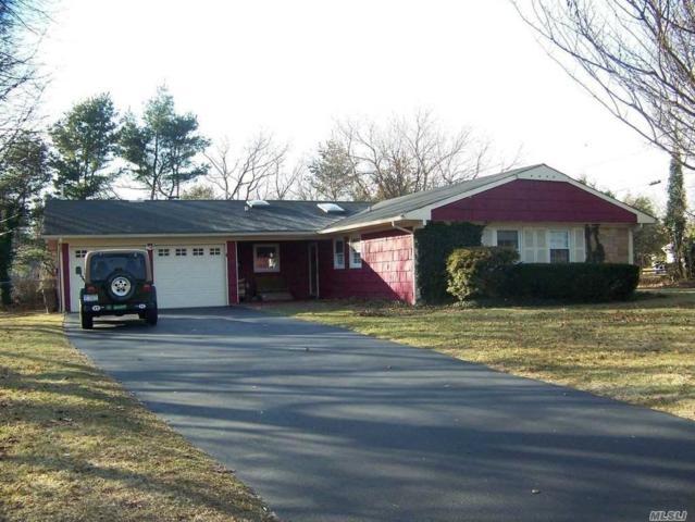 344 Oxhead Rd, Stony Brook, NY 11790 (MLS #3058307) :: The Lenard Team
