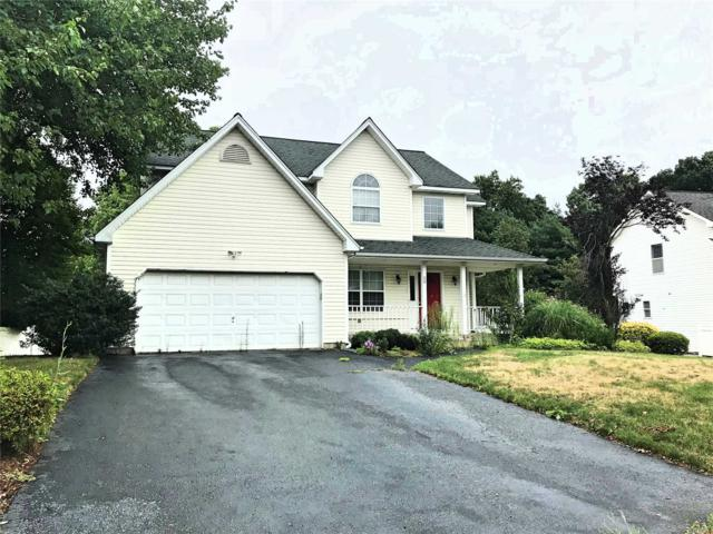28 Long House Way, Commack, NY 11725 (MLS #3058837) :: Netter Real Estate