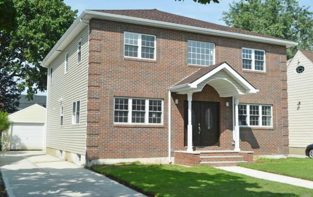 254 Collins Ave, Williston Park, NY 11596 (MLS #3059085) :: Keller Williams Points North
