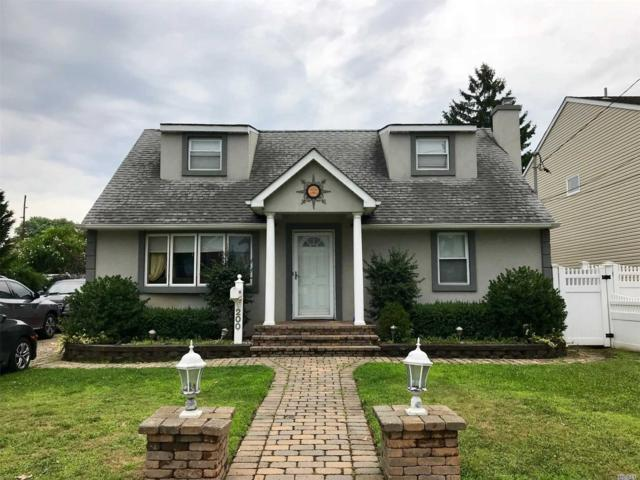 200 Averill Blvd, Franklin Square, NY 11010 (MLS #3062316) :: The Kalyan Team