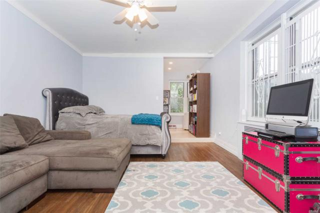 34-41 85th Street 2D, Jackson Heights, NY 11372 (MLS #3063952) :: Netter Real Estate