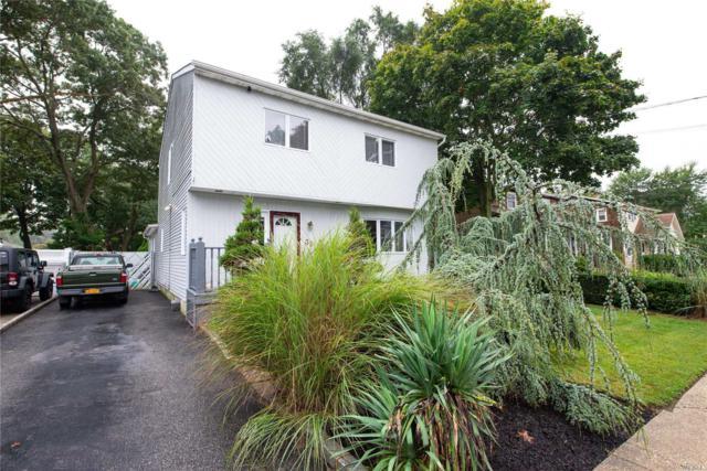 32 Richard Ave, Islip Terrace, NY 11752 (MLS #3065421) :: Netter Real Estate