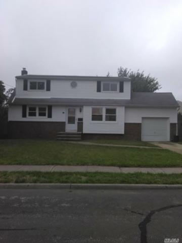 155 2nd Ave, Lindenhurst, NY 11757 (MLS #3065991) :: Netter Real Estate