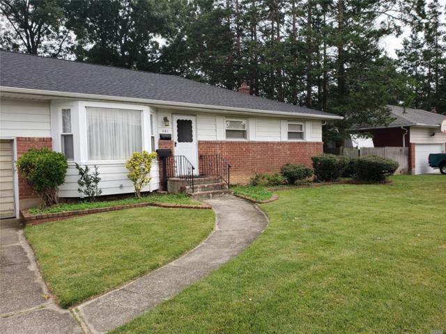 481 French Ave, N. Babylon, NY 11703 (MLS #3066326) :: Netter Real Estate