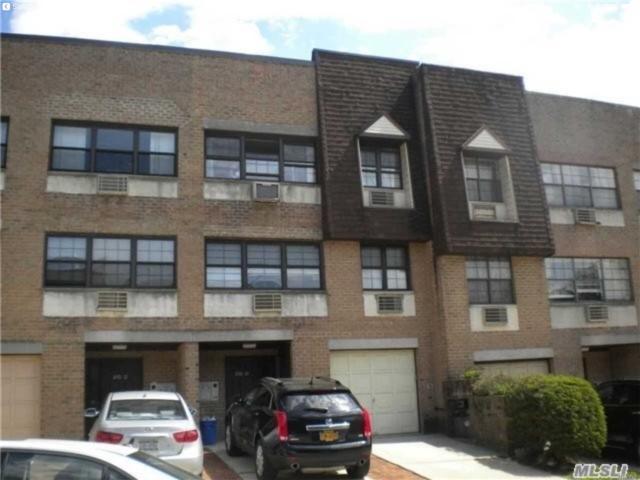 Douglaston, NY 11362 :: Keller Williams Points North