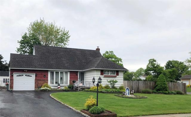 26 Parkview Dr, Commack, NY 11725 (MLS #3066479) :: Keller Williams Points North