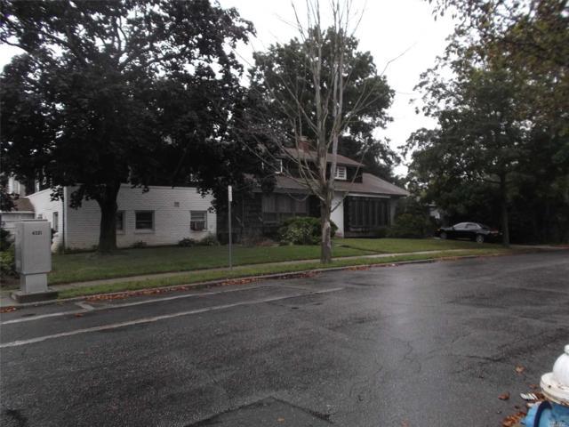 501 Saddle Ridge Rd, Woodmere, NY 11598 (MLS #3067258) :: The Lenard Team