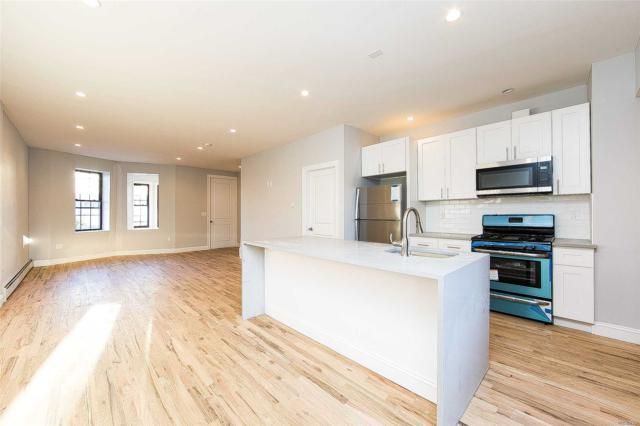 68 Forbell St, Brooklyn, NY 11208 (MLS #3067491) :: The Kalyan Team