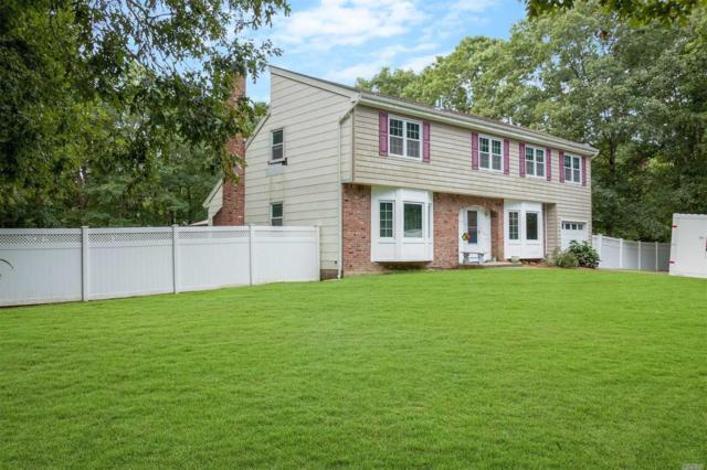 4 Marilyn St, Manorville, NY 11949 (MLS #3068002) :: Netter Real Estate