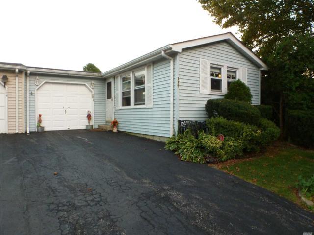 172 Village Cir, Manorville, NY 11949 (MLS #3071003) :: Keller Williams Points North