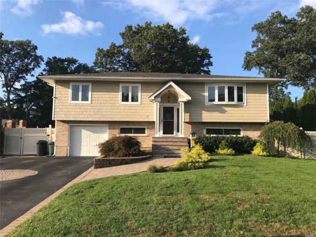 17 Seaver Ln, Smithtown, NY 11787 (MLS #3072418) :: Signature Premier Properties