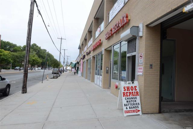 69-21 164 Street, Fresh Meadows, NY 11365 (MLS #3073666) :: The Lenard Team
