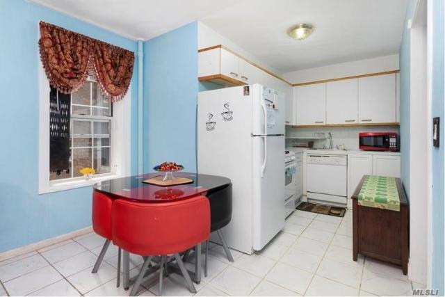 56-05 31st Ave 1I, Woodside, NY 11377 (MLS #3074182) :: Netter Real Estate