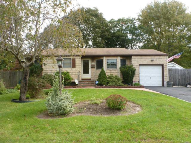 2809 Watchill Ave, Medford, NY 11763 (MLS #3075358) :: Keller Williams Points North