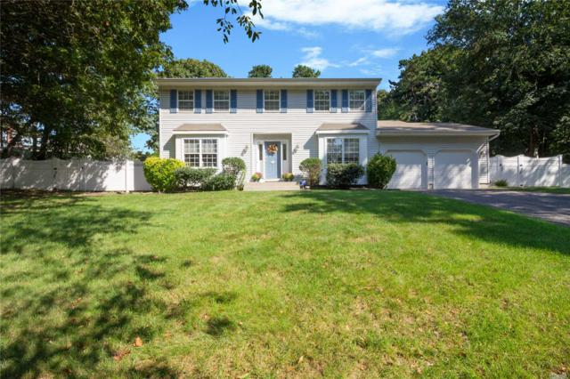 9 Pia Ct, Hauppauge, NY 11788 (MLS #3076296) :: Keller Williams Points North
