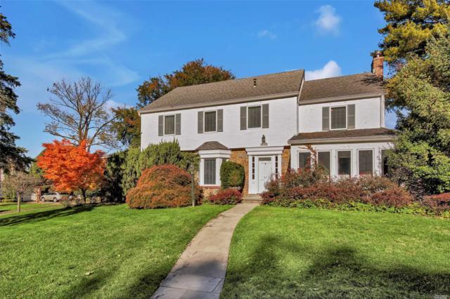 47 Castle Ridge Rd, Manhasset, NY 11030 (MLS #3077943) :: Netter Real Estate