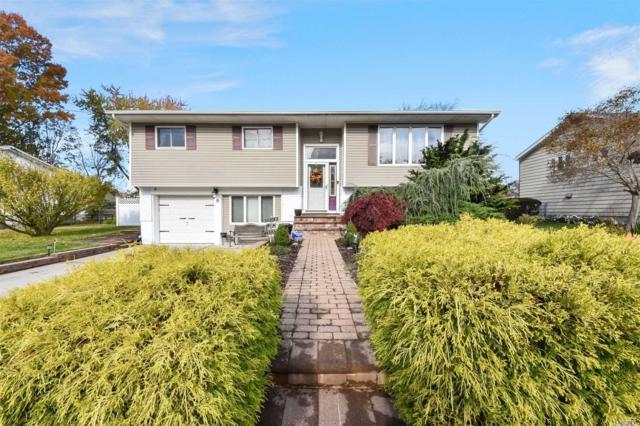 8 Linda Ln, N. Babylon, NY 11703 (MLS #3079112) :: Netter Real Estate