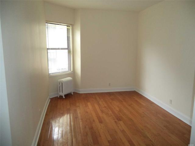 21-77 33 St 4C, Astoria, NY 11105 (MLS #3080236) :: Netter Real Estate