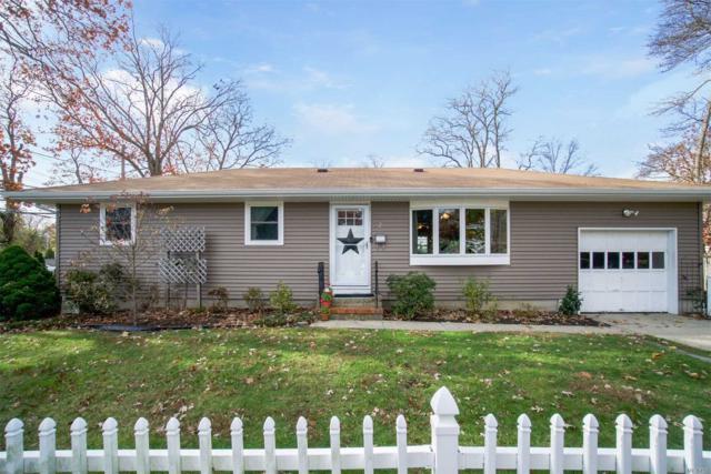 2 Taylor Ave, East Islip, NY 11730 (MLS #3080911) :: Netter Real Estate