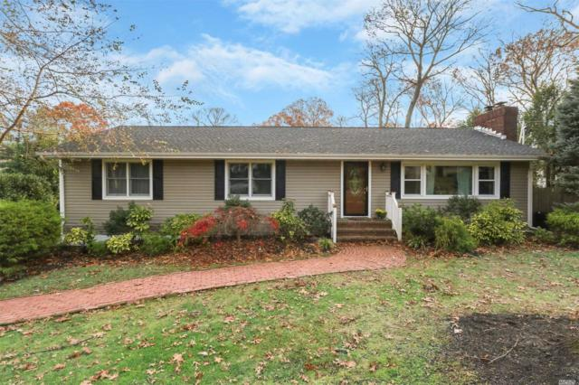 10 Little Bull Ct, Centerport, NY 11721 (MLS #3082806) :: Signature Premier Properties