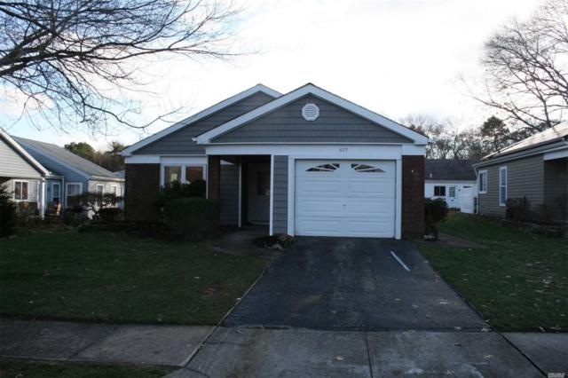 477 Stratford Ln, Ridge, NY 11961 (MLS #3083498) :: The Lenard Team