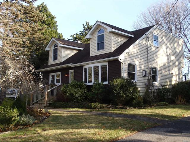 6 Sheffield Ln, East Moriches, NY 11940 (MLS #3084604) :: Netter Real Estate