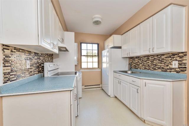 2374 Bedford Ave A, Bellmore, NY 11710 (MLS #3085995) :: Netter Real Estate