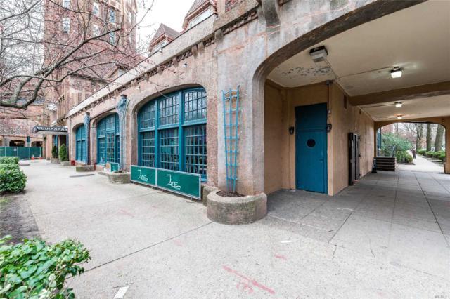 1 Station Square, Forest Hills, NY 11375 (MLS #3088576) :: Netter Real Estate