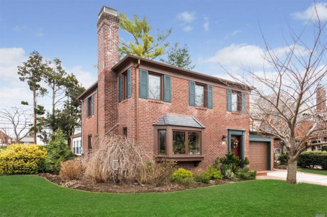 28 Berkley Rd, Mineola, NY 11501 (MLS #3088858) :: Keller Williams Points North