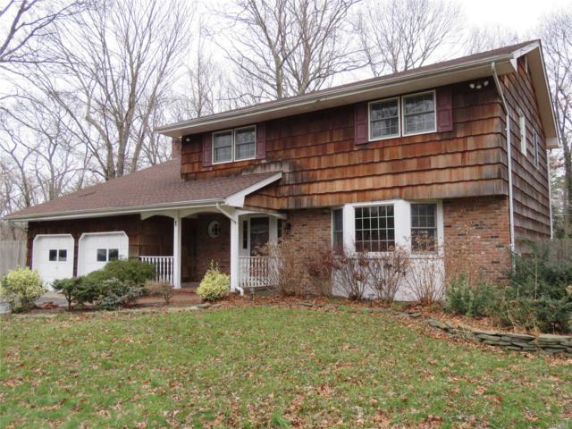 1 Salt Box Ct, Smithtown, NY 11787 (MLS #3089242) :: Netter Real Estate