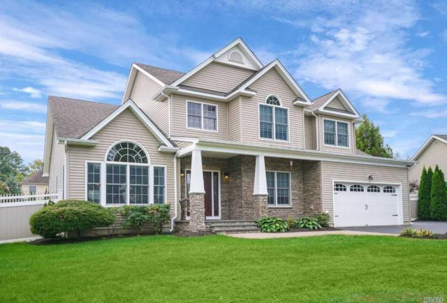 17 Franciscan Ln, Smithtown, NY 11787 (MLS #3091326) :: Keller Williams Points North