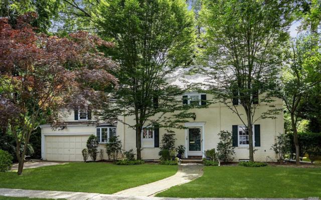 58 Warwick Rd, Rockville Centre, NY 11570 (MLS #3093486) :: Signature Premier Properties