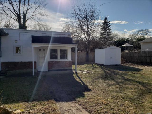 12 Pine St, Ronkonkoma, NY 11779 (MLS #3093528) :: HergGroup New York