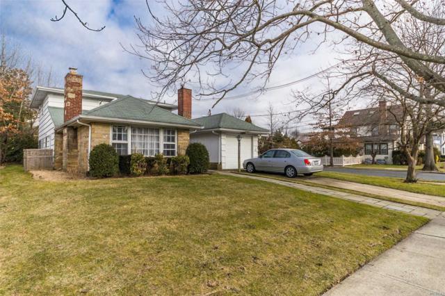 65 Muirfield Rd, Rockville Centre, NY 11570 (MLS #3093563) :: Signature Premier Properties