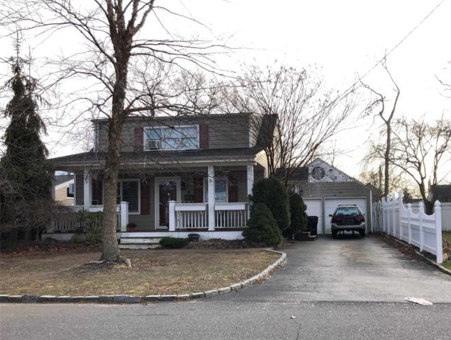 334 Oakwood Ave, West Islip, NY 11795 (MLS #3093754) :: Netter Real Estate