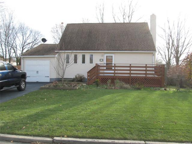 36 Chestnut St, Central Islip, NY 11722 (MLS #3094107) :: Netter Real Estate