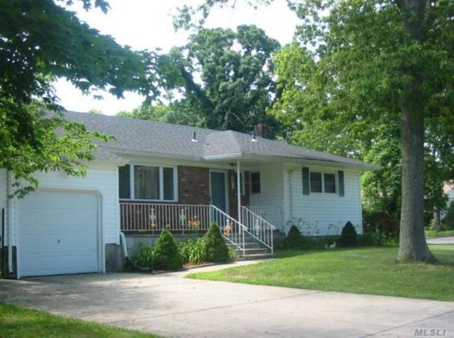 56 Risley Rd, Patchogue, NY 11772 (MLS #3094128) :: The Lenard Team
