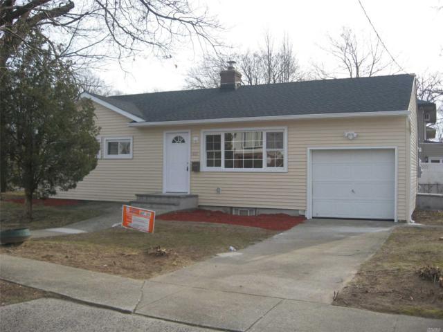 485 Coolidge Ave, Rockville Centre, NY 11570 (MLS #3094142) :: Signature Premier Properties