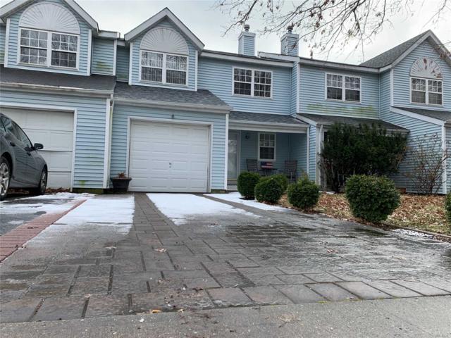 37 Oak St, Central Islip, NY 11722 (MLS #3094400) :: Netter Real Estate