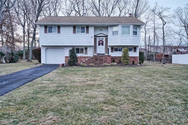 10 Reed St, Hauppauge, NY 11788 (MLS #3094473) :: Netter Real Estate