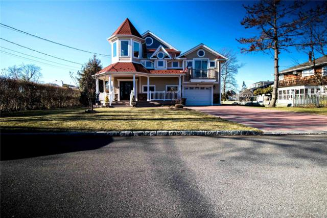 251 Grand Central Ave, Amityville, NY 11701 (MLS #3095327) :: Keller Williams Points North
