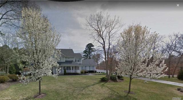 2 Ridgefield Dr, Shoreham, NY 11786 (MLS #3097764) :: The Lenard Team