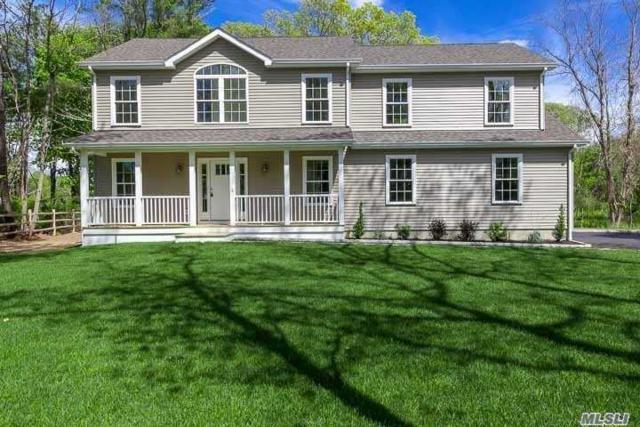 4 Gayle Ct, Center Moriches, NY 11934 (MLS #3098644) :: Netter Real Estate