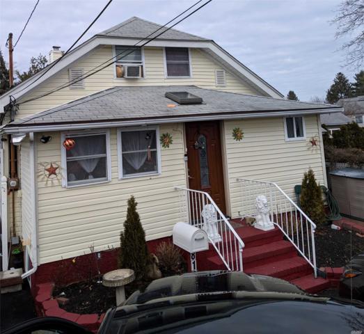 812 Pulaski St, Riverhead, NY 11901 (MLS #3100551) :: Netter Real Estate