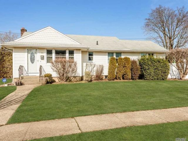 31 Crown St, Syosset, NY 11791 (MLS #3101501) :: Signature Premier Properties