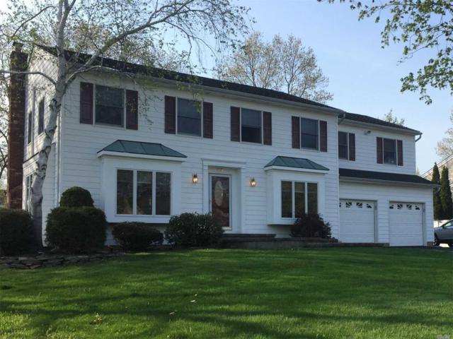 29 Oak Meadow Rd, Commack, NY 11725 (MLS #3101642) :: Signature Premier Properties
