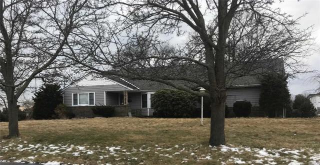 120 Wampum Ln, West Islip, NY 11795 (MLS #3101717) :: Netter Real Estate