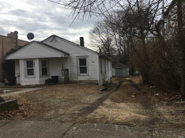 Huntington Sta, NY 11746 :: Signature Premier Properties