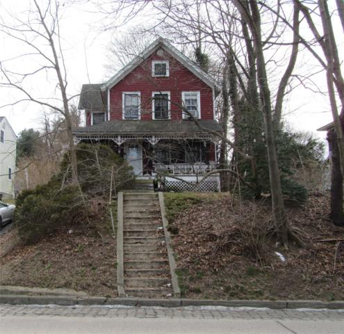 556 E Main St, Northport, NY 11768 (MLS #3101868) :: Signature Premier Properties