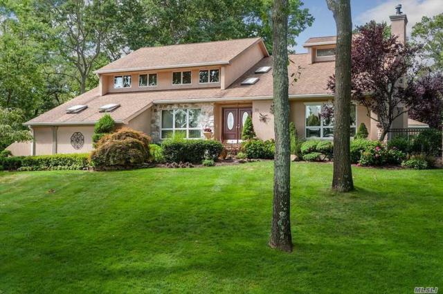 26 Blacksmith Ln, E. Northport, NY 11731 (MLS #3102348) :: Signature Premier Properties